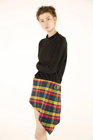 V-Cut Tartan Skirt